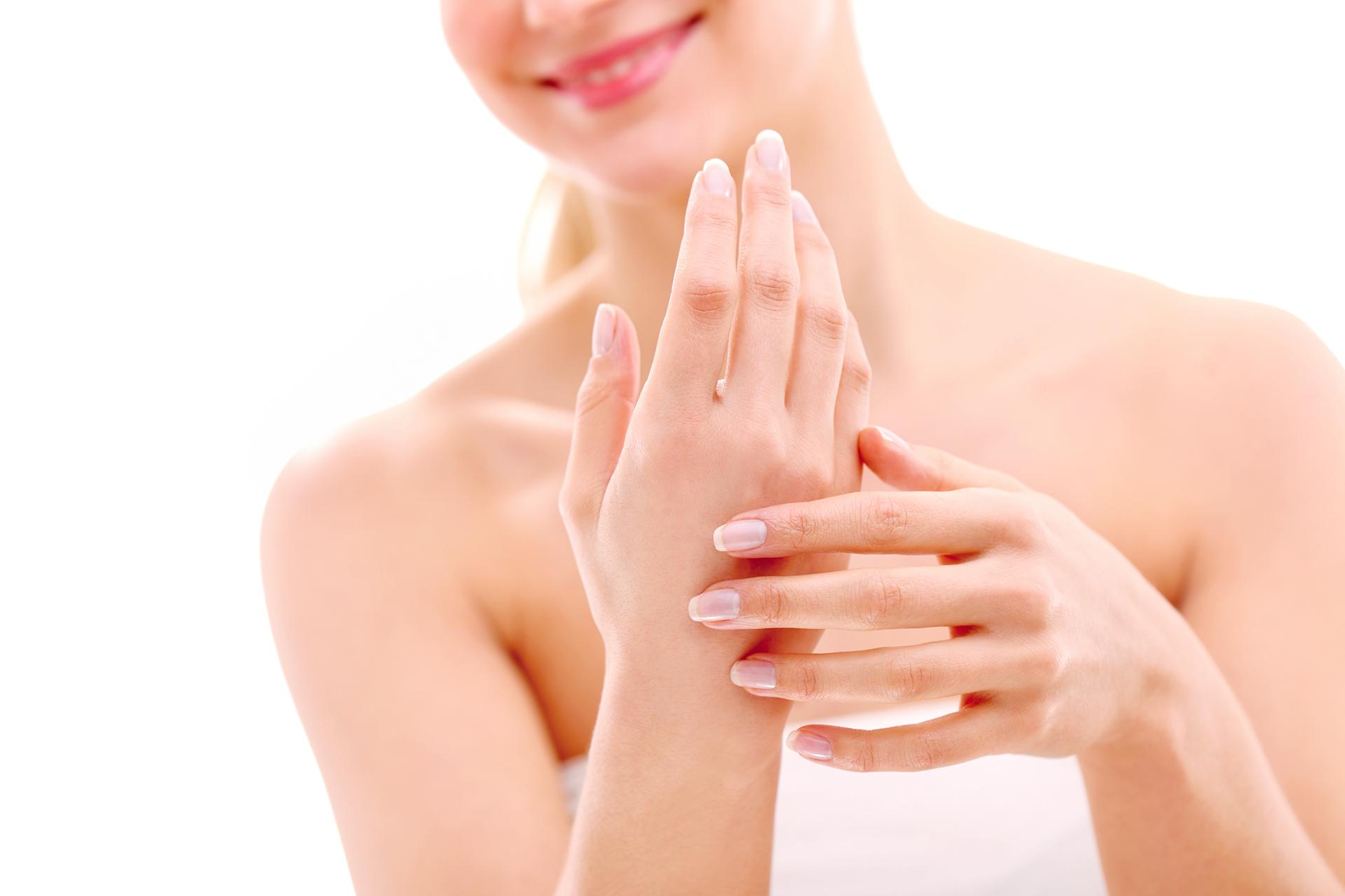 Lasepton® Regenerations-Creme - bei trockener, irritierter und geröteter Haut an Händen, Ellenbögen, Gesicht und Beinen